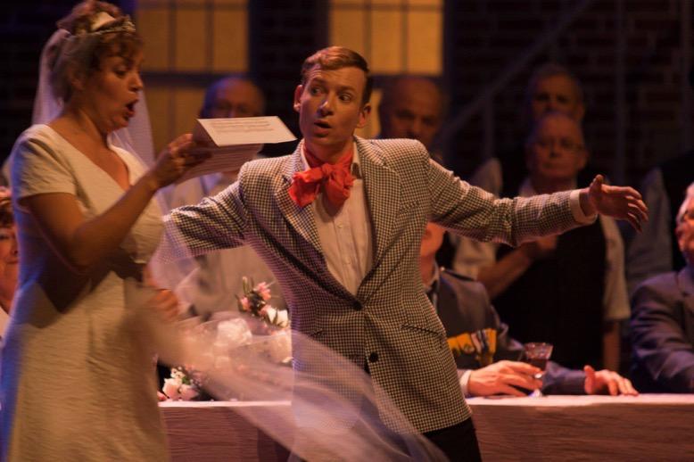 'l'Elisir d'amore' in de rol van Dulcamara met Esther Putter (2012)